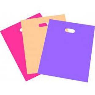 Qualidades da sacola com alça vazada